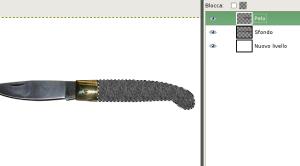 Messo il motivo peloso sul manico del coltello